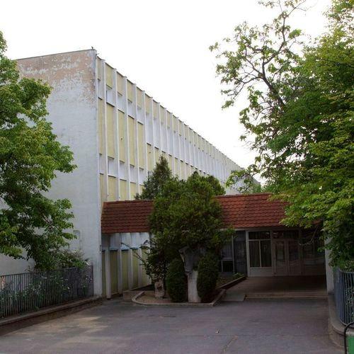 Borító kép a Nyíregyházi SZC Széchenyi István Technikum és Kollégium intézményről